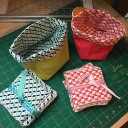 Ensemble 10 lingettes + panier tissu